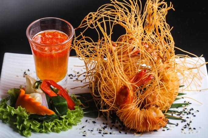 goong-sa-long-stir-fried-prawns-with-vermicelli
